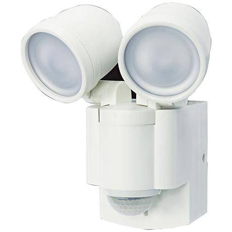 """Flash 7""""H White 2-Lamp Battery-Powered LED Security Light"""