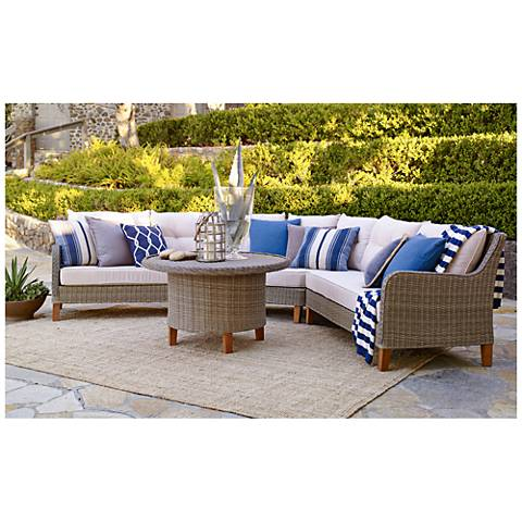 Trindale Light Brown Wicker 4-Piece Outdoor Patio Sectional Set