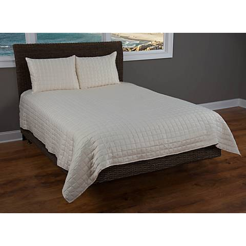 Satinology Ivory Fabric Quilt Set