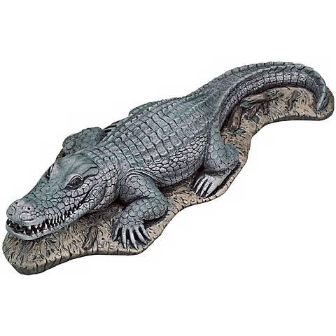 """Alligator 13""""Wide Garden Accent"""
