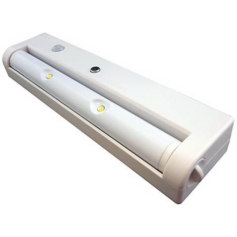 Motion Sensor & Battery Powered Under Cabinet LED