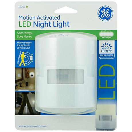 GE White Motion Activated LED Night Light