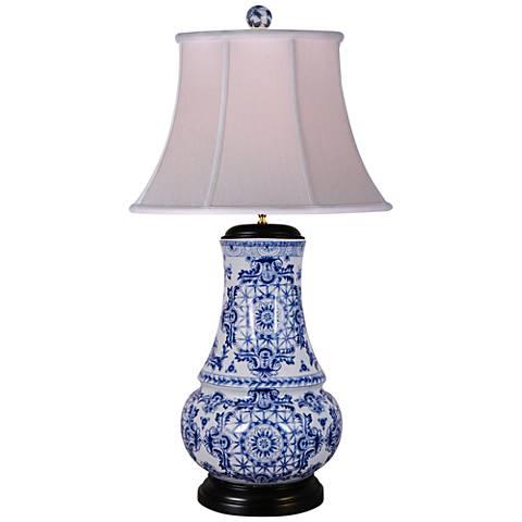 Olde World Blue and White Vase Porcelain Table Lamp