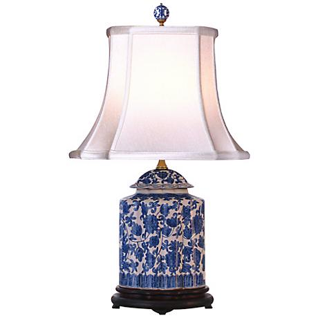 blue and white floral scalloped porcelain tea jar table lamp g7078. Black Bedroom Furniture Sets. Home Design Ideas
