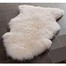White 4'x6' Sheepskin Rug SHS121A