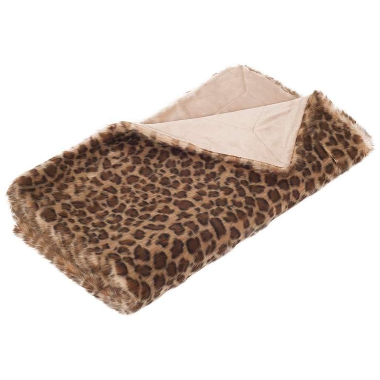 """Safavieh 60"""" x 50"""" Faux Leopard Print Throw"""