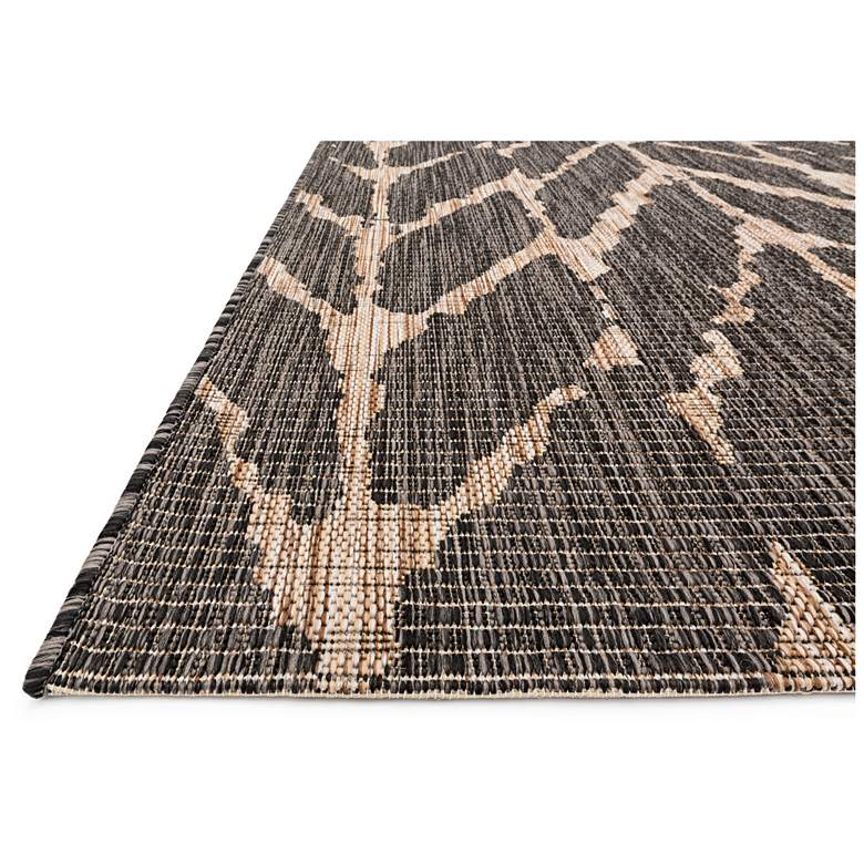 "Isle IE-02 5'3""x7'7"" Charcoal Mocha Outdoor Area Rug"