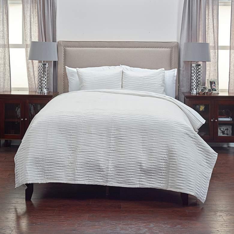 Parker Ivory Fabric Queen Quilt Set