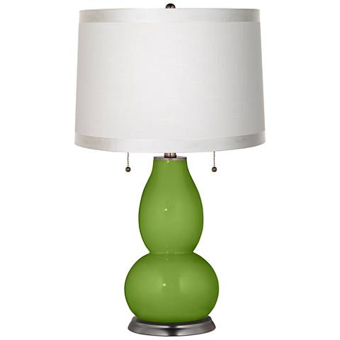 Gecko White Drum Fulton Table Lamp