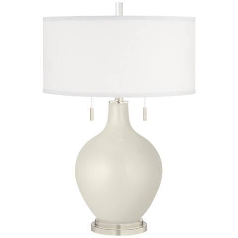 Vanilla Metallic Toby Table Lamp
