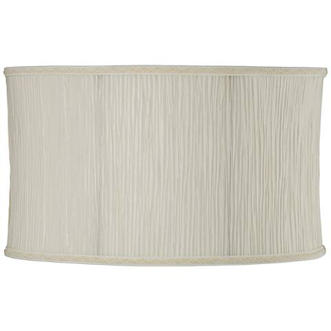 Cream Oval Pleat Lamp Shade 9/17x9/17x10 (Spider)