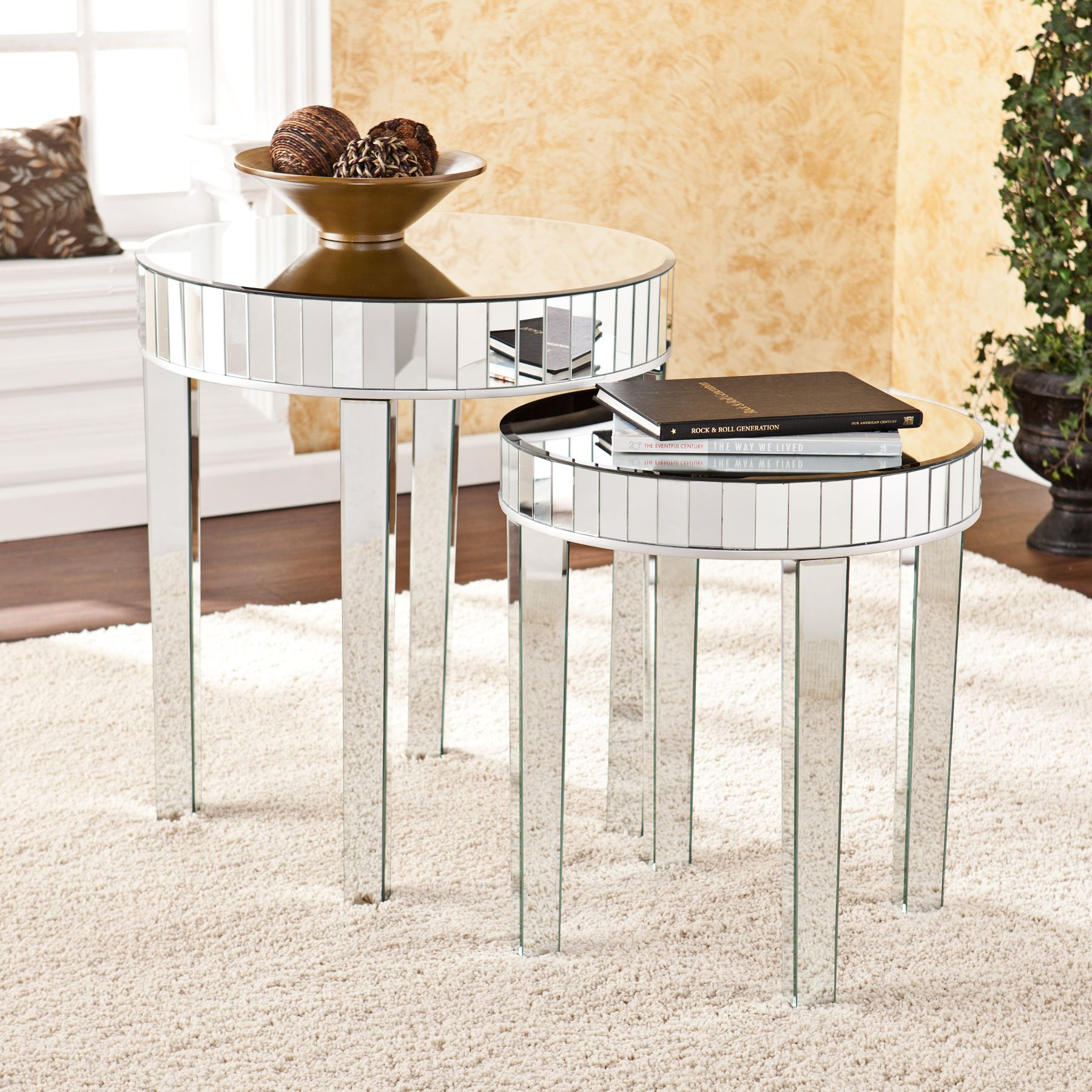 Darby Mirrored 2 Piece Round Nesting Table Set