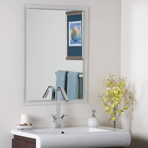 "Jennifer 23 1/2"" x 31 1/2"" Etch Border Wall Mirror"