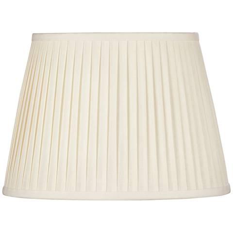 Eggshell Oval Softback Linen Shade 10/7x14/10x10 (Spider)