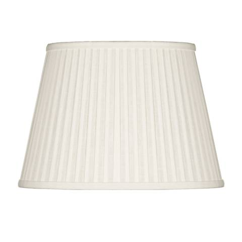 Off-White Oval Softback Linen Shade 9/5x12/8x8 (Spider)