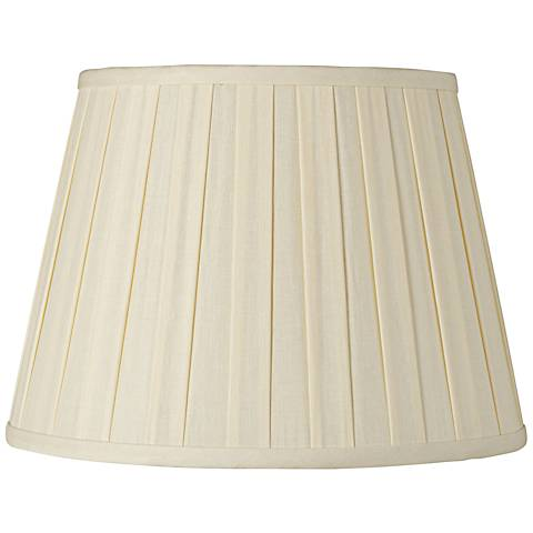 Eggshell Euro Box Pleat Shade 8x12x8 (Spider)