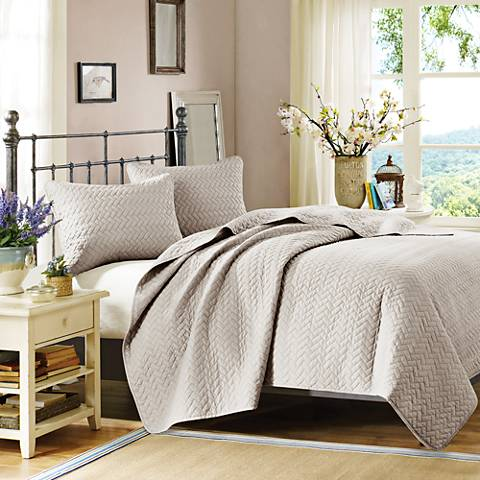 Hampton Hill Velvet Touch Linen 3-Piece Coverlet Set