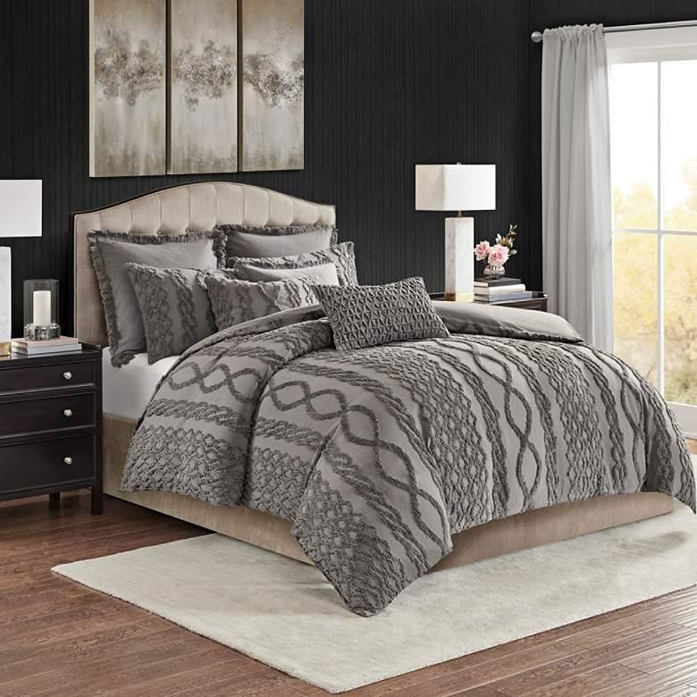 Aran Isles Gray Tufted Chenille Comforter Set
