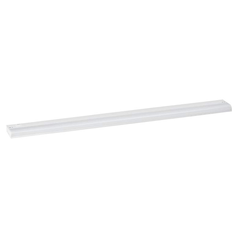 "CounterMax MX-L120-1K 36"" Wide White LED Under Cabinet Light"