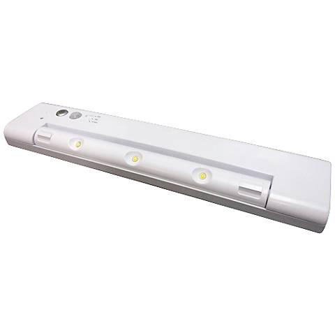 Motion Sensor 3-Light Under Cabinet Light