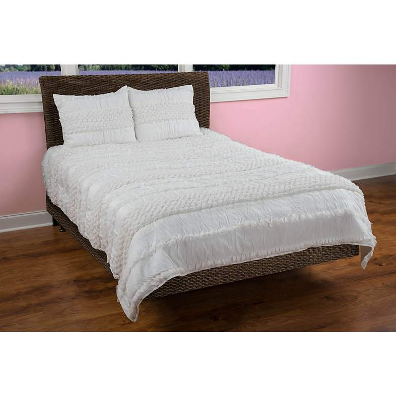 . Georgette Ivory Quilted Comforter Set