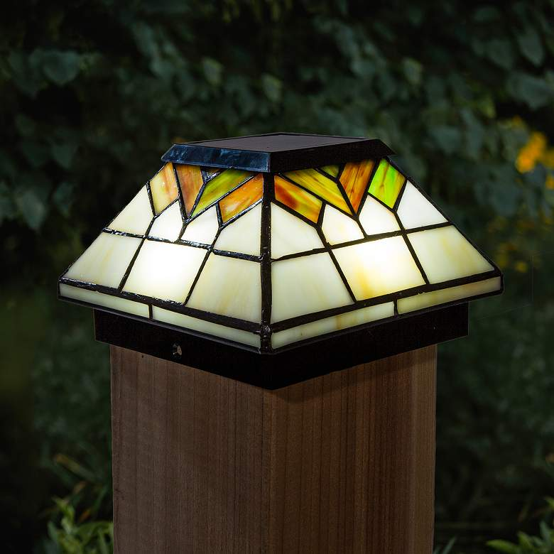 """Wellington 5""""x5"""" Stained Glass Outdoor LED Solar Post Cap"""