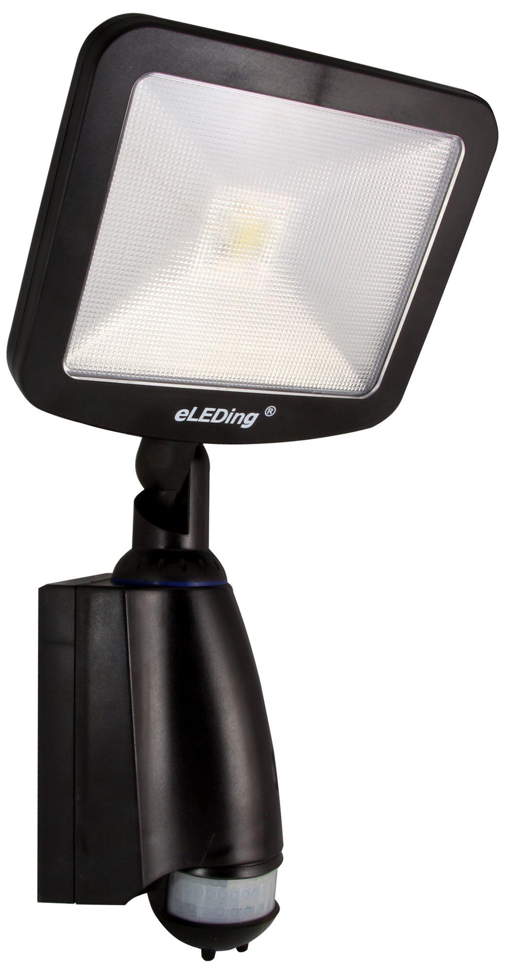 SMART Daylight LED All Climate Dusk To Dawn Solar Light