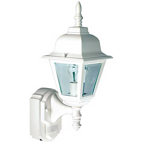 country cottage white outdoor motion sensor wall light h6923