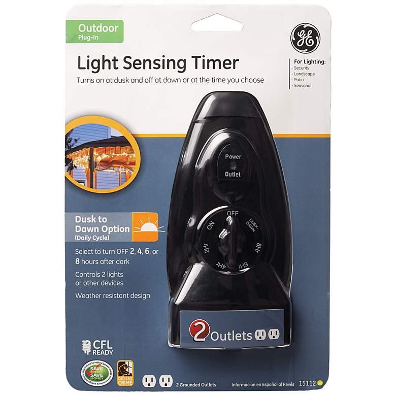 Black Light Sensing Dusk-to-Dawn Two-Outlet Timer