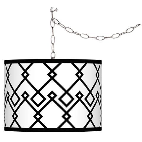 Diamond Chain Giclee Glow Plug-In Swag Pendant